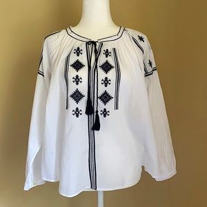 Ann Taylor LOFT White Embroidered Tunic Top Sz SP
